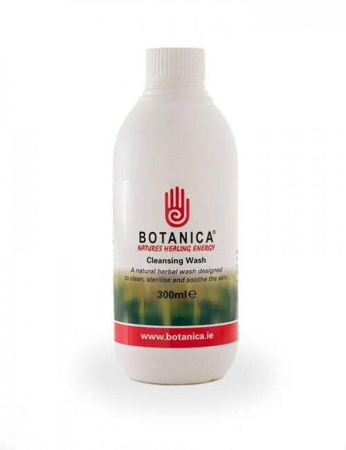 Jabón natural Botanica de St Hippolyt cuida, calma e hidrata de forma natural la piel del caballo.